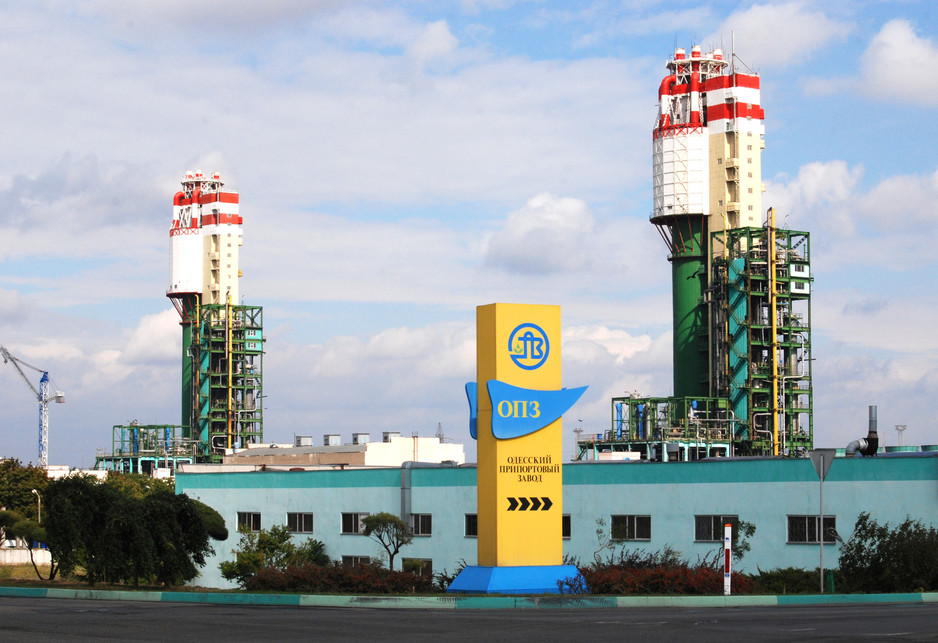 Уже з наступного року в Україні стартує грандіозний розпродаж: прем'єр анонсував у найближчі 6 місяців масштабну приватизацію держпідприємств. Серед найбажаніших покупців – іноземці з грошима та бажанням розвиватися в Україні.