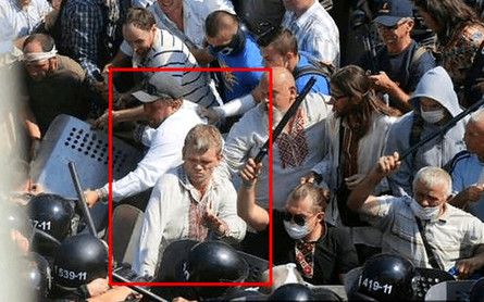 Одного з лідерів Всеукраїнскього об'єднання «Свобода» та екс-міністра аграрної політики Ігоря Швайку сьогодні допитали в головному слідчому управлінні МВС.