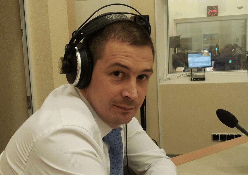 Кабінет міністрів звільнив Дениса Антонюка з посади голови Державної авіаційної служби України.