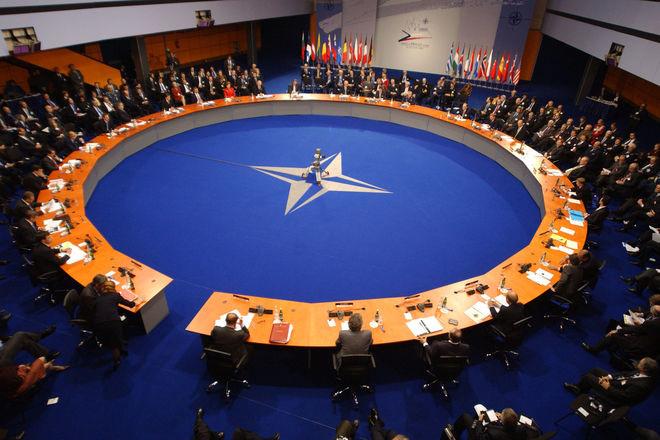 Попри обмеження доступу до штаб-квартири Північноатлантичного альянсу у Брюсселі, російські дипломати примудряються проводити приховану антиукраїнську роботу в НАТО.