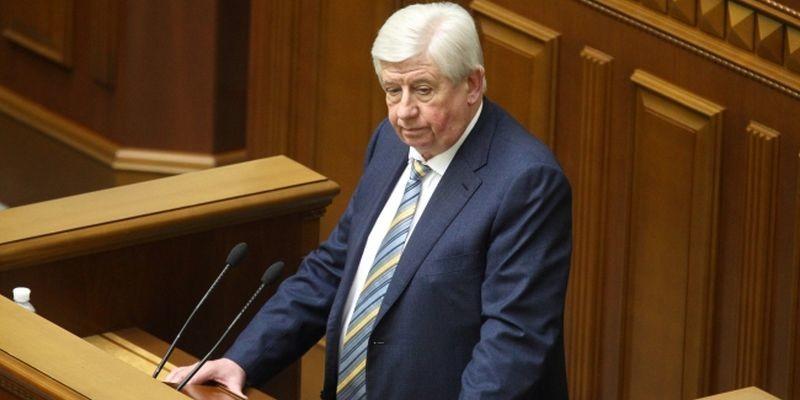 Генеральний прокурор України Віктор Шокін звинувачує депутатів Верховної Ради у саботажі затримання нардепів-корупціонерів.