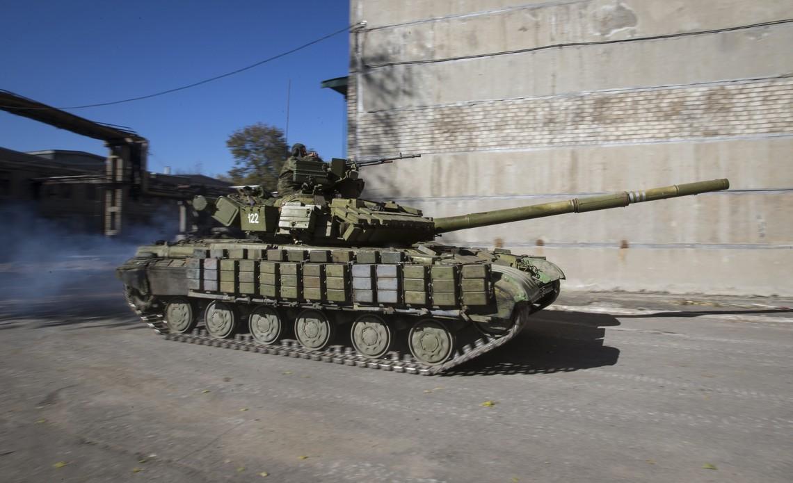 Спеціальна моніторингова місія ОБСЄ зафіксувала стягування бойовиками військової техніки в маріупольському напрямку.