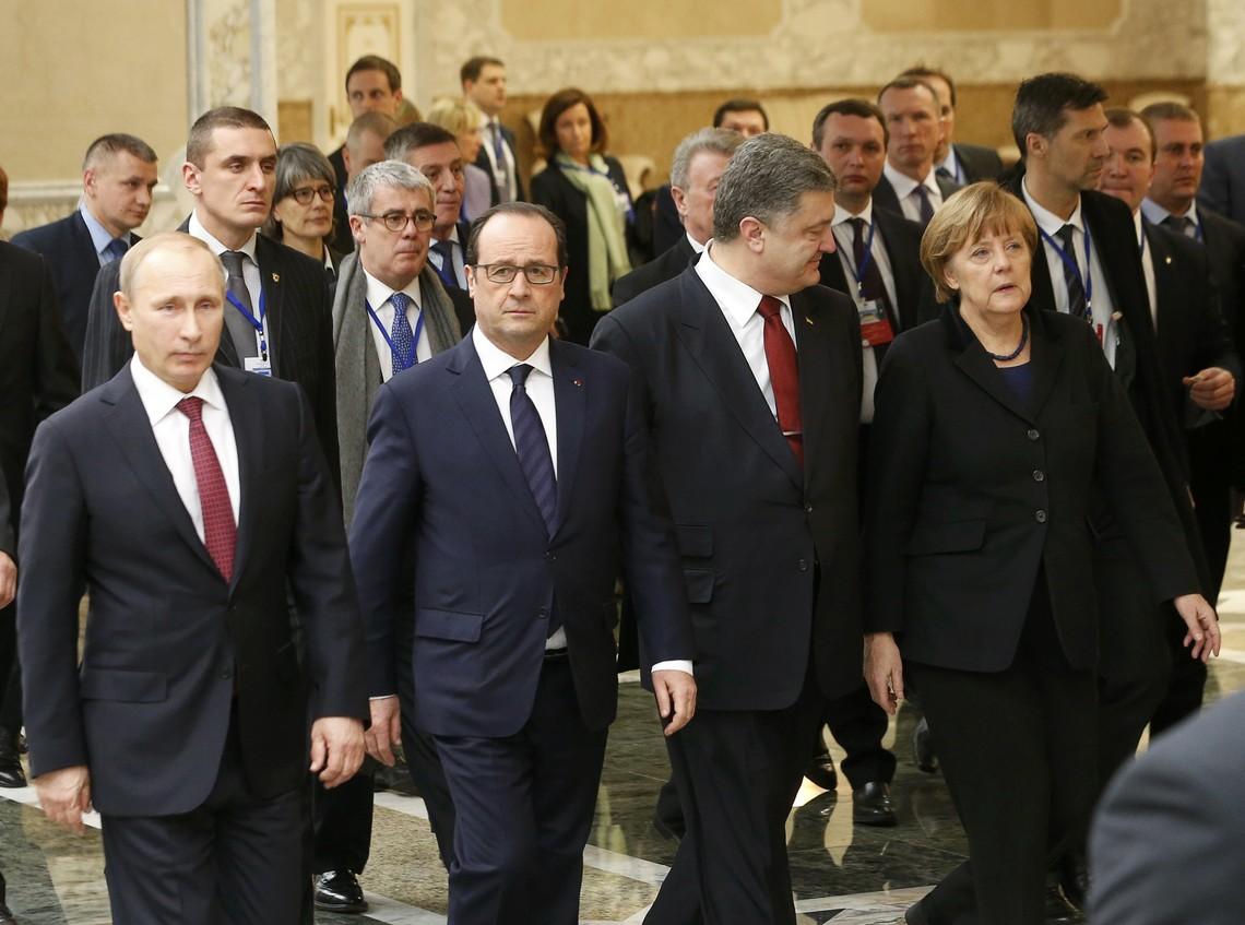 Не варто забувати, що жодні вибори на Донбасі не змінять планів Кремля щодо своєї політики стосовно України. Мета й надалі залишається тією ж самою – повернути Україну в орбіту геополітичних інтересів Росії.