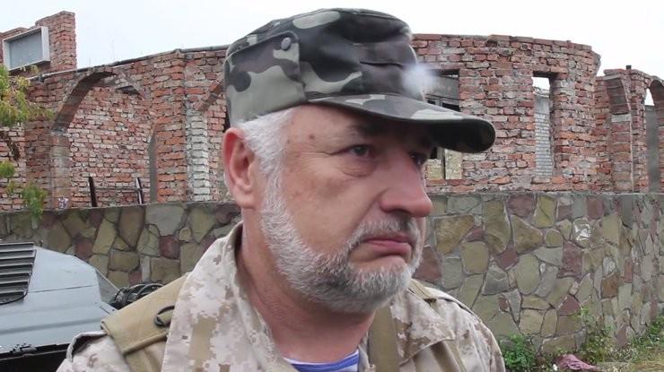 Щоб захистити людей, Жебрівський вимагає розглянути питання про наявність в селищі військовослужбовців Нацгвардії або Збройних сил України.
