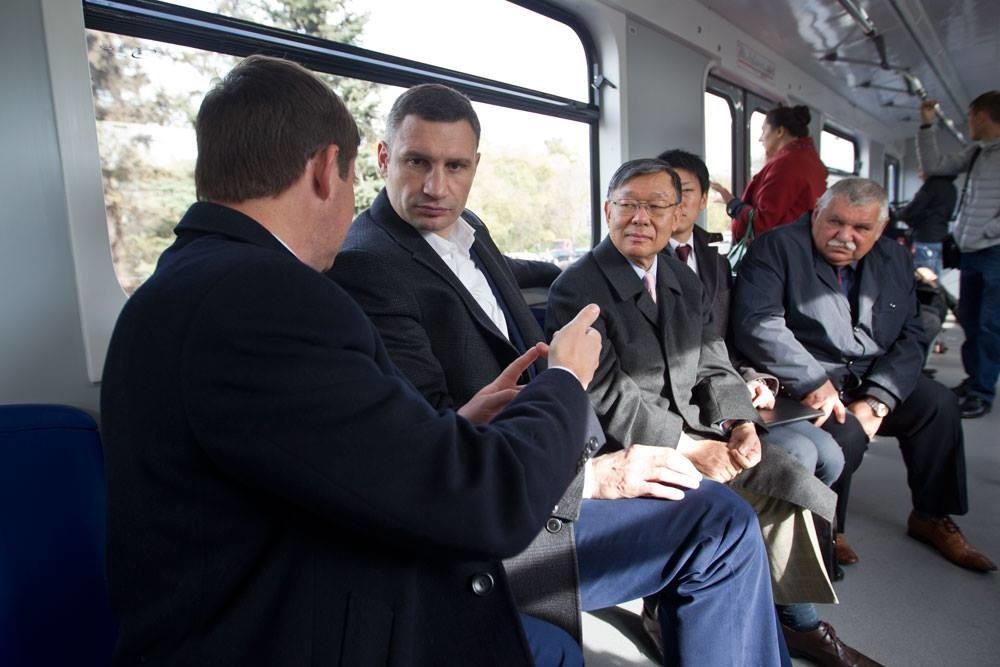 Мер Києва Віталій Кличко взяв участь у презентації другої черги модернізованих вагонів Київського метрополітену.