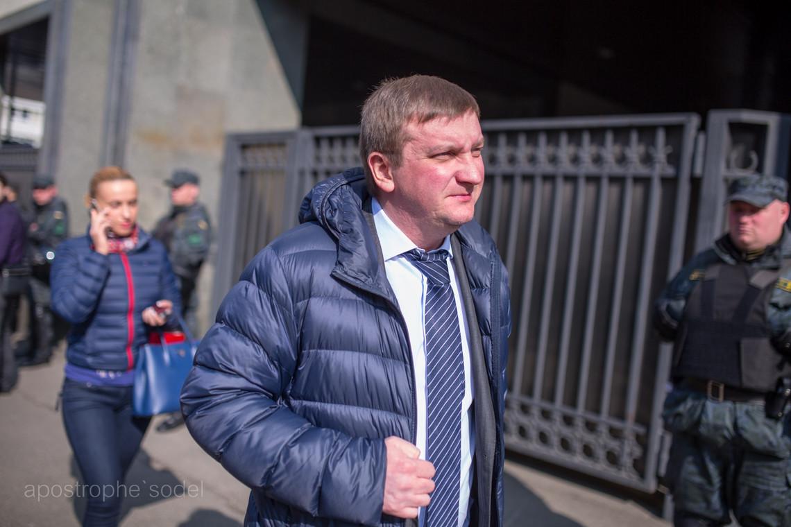 Міністр юстиції Павло Петренко не виконав ще одну свою обіцянку – позачергової переатестації державних службовців поки не планується.