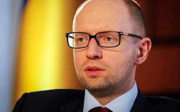 Прем'єр-міністр України Арсеній Яценюк під час зустрічі з лідерами німецького бізнесу в Берліні заявив, що в Україні вже вдалося суттєво зменшити вплив олігархів на економіку.