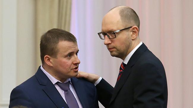 На думку міністра енергетики та вугільної промисловості України Володимира Демчишина, Україна не зможе до кінця цього року накопичити у своїх підземних сховищах 19 млрд куб. м газу.