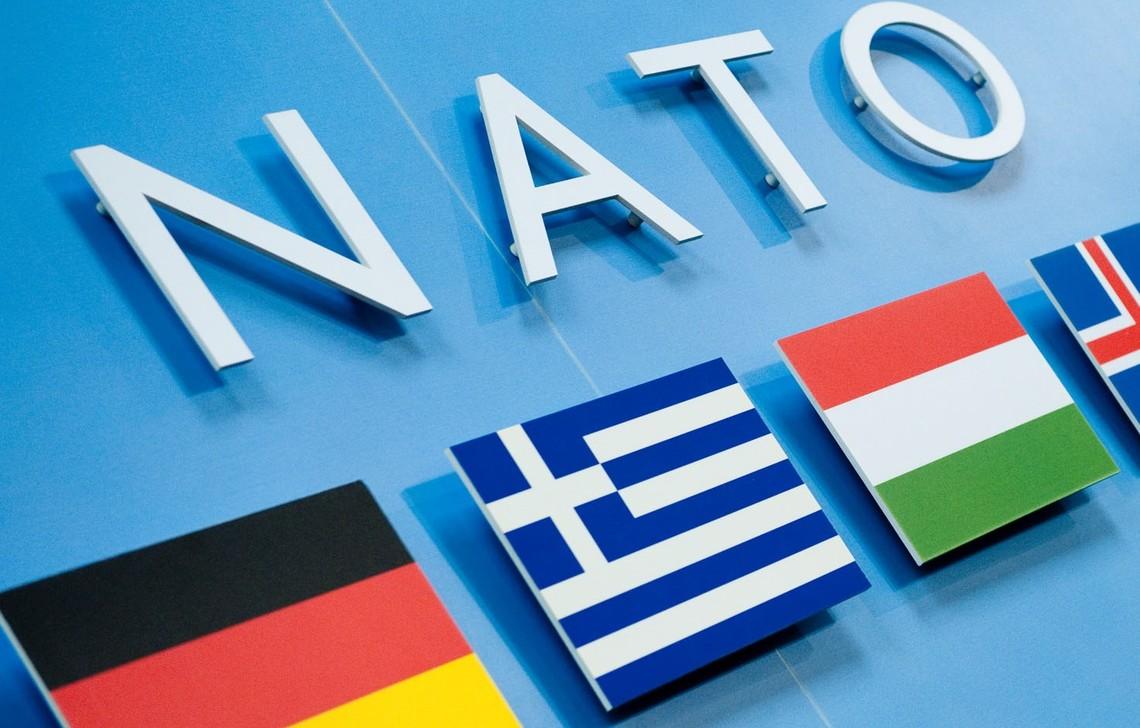 Представник НАТО пояснив, у зв'язку з чим Російська Федерація віднині опинилася за «залізною завісою».