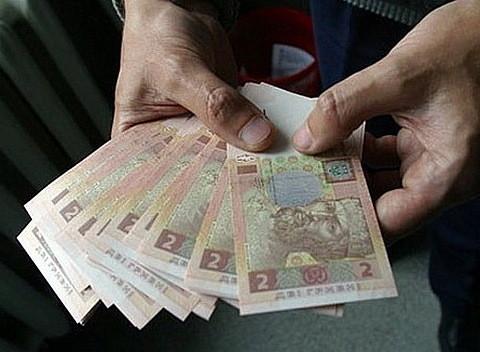 Наявний прожитковий мінімум потрібно переглянути, а кількість позицій у споживчому кошику українця – значно збільшити, вважає депутат від «БПП» Вадатурський.