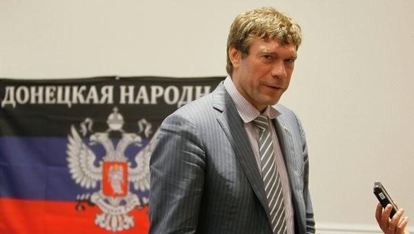 Служба безпеки України викликала на допит у якості підозрюваного колишнього народного депутата України Олега Царьова.