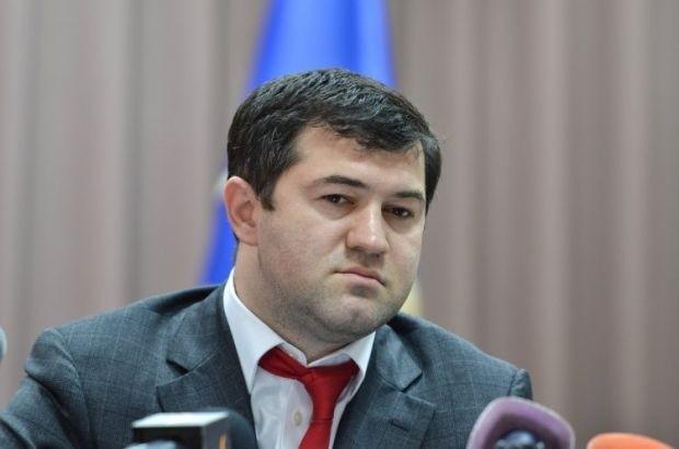 Керівник Державної фіскальної служби Роман Насіров не виконав свою обіцянку викорінити контрабанду на митниці протягом 100 днів.