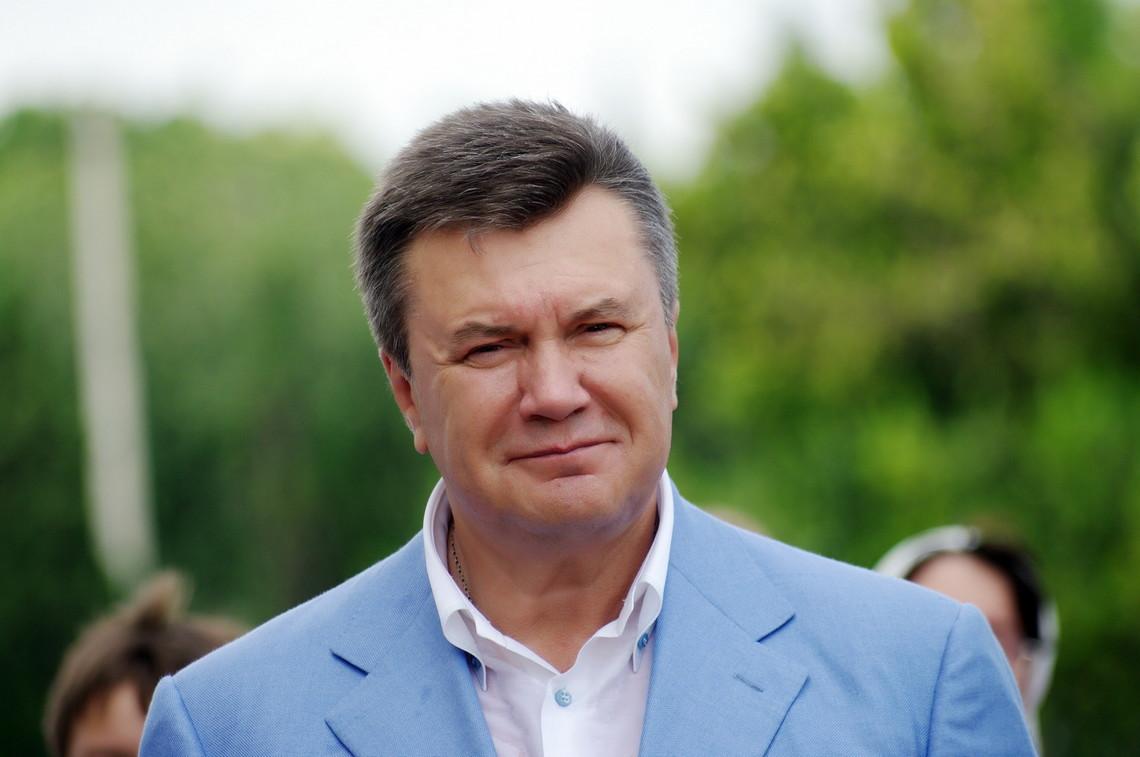 На думку заступника генпрокурора, санкції почнуть знімати з початку 2016 року і до березня вони будуть зняті в повному обсязі.