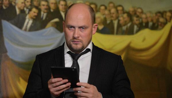 Народний депутат України Сергій Каплін забув про свою обіцянку й допустив Олександра Мамая на посаду мера Полтави.