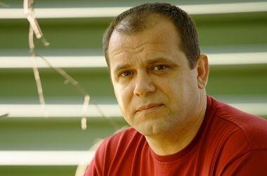 Номінаційний комітет Кабінету міністрів визначився з новим головою столичного аеропорту «Бориспіль»: ним став Юрій Солончук, колишній керівник авіакомпанії «Україна», що належить Державному управлінню справами.