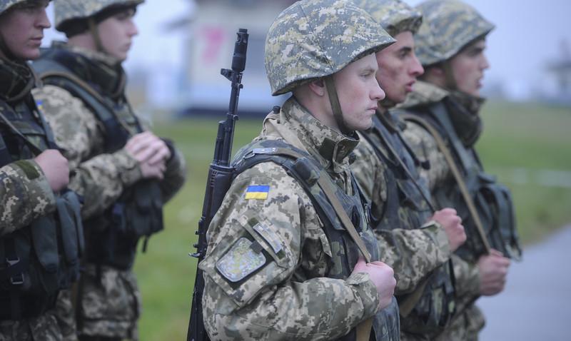 Першу в Україні базу даних з повною інформацією про демобілізованих воїнів створює Центр допомоги учасникам АТО та їх сім'ям при Дніпропетровській облдержадміністрації.