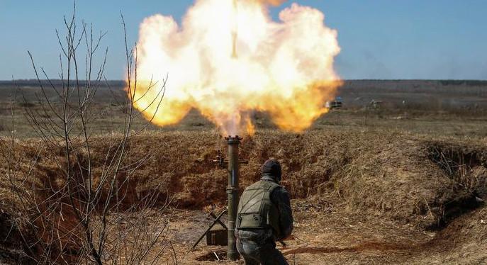 Сьогодні терористи продовжили вести вогонь на донецькому, маріупольському, луганському та артемівському напрямках.