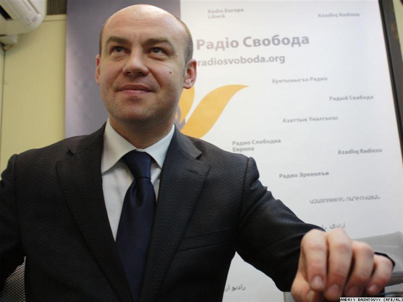 Міський голова Тернополя Сергій Надал не впорався з проблемою нестачі місць у дитячих садочках міста.