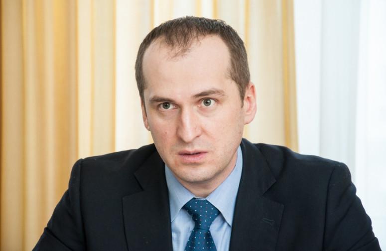 Міністр аграрної політики та продовольства України Олексій Павленко не зміг виконати обіцянку, що до кінця поточного року хліб в Україні дорожчати не буде.