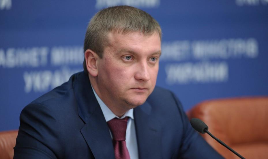 У проекті Бюджету, який уряд подавав на розгляд Верховної Ради, пункту про скасування запровадження електронної системи декларування не було й не могло бути.
