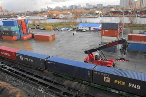 15 січня Україна запускає пілотний рейс контейнерного потяга до Китаю в обхід території Російської Федерації.