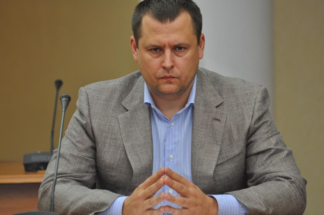 Мер Дніпропетровська Борис Філатов заявив, що він хоче бачити своїм заступником керівника міської організації партії «Опозиційний блок» Світлану Єпіфанцеву.