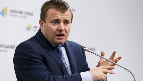На думку Демчишина, українські комунальники занадто неекономно використовують природний газ для опалення осель.