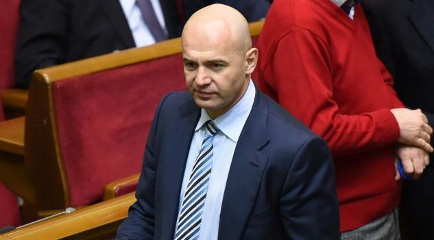 У «Блоці Петра Порошенка» вважають, що створення тимчасової слідчої комісії допоможе в боротьбі з корупцією серед парламентарів.
