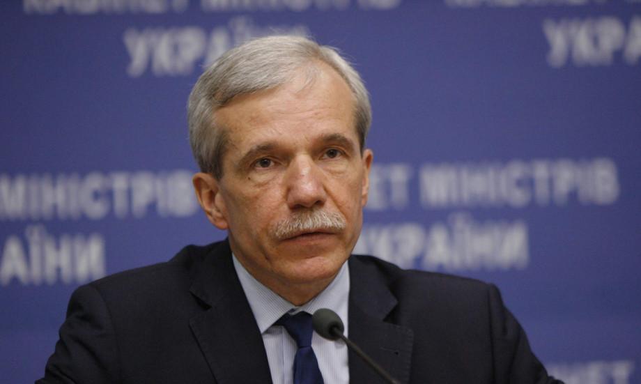 Арсеній Яценюк звільнив виконувача обов'язків міністра екології та природних ресурсів Сергія Курикіна.