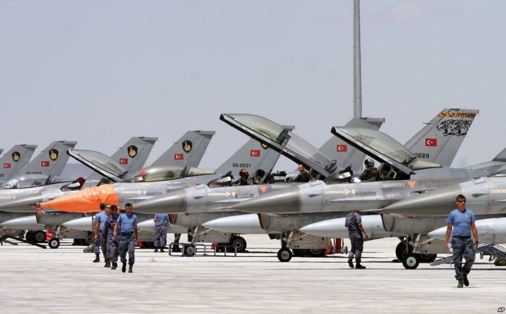 Туреччина перевела свою авіацію на підвищений рівень тривоги