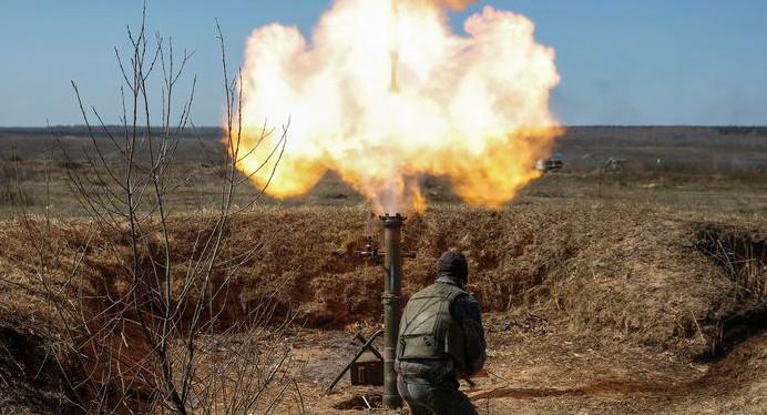 Бойовики обстрілювали українські позиції із забороненого Мінськими домовленостями озброєння.
