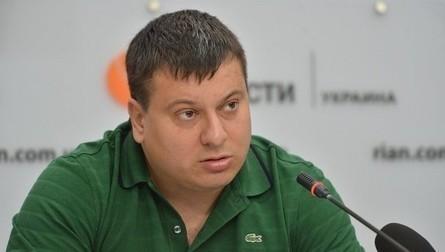 Політолог поділився міркуваннями щодо інформації про те, що Президент України Петро Порошенко сьогодні проведе двосторонні переговори з федеральним канцлером Німеччини Ангелою Меркель.