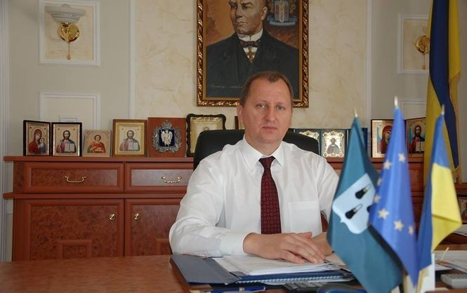 Зі своєю обіцянкою відремонтувати ліфти міський голова Сум Олександр Лисенко впорався лише частково.