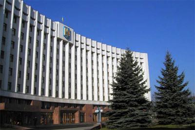 Мерія Івано-Франківська розіслала відповідні листи в думи Сургута та Серпухова. Сургут був побратимом Івано-Франківська з 2003 року, Серпухов – з 2001-го.