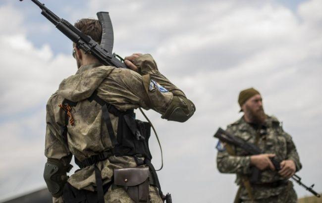 Пізно ввечері 8 лютого бойовики з Трудового обстріляли спочатку сили АТО в Мар'їнці, а потім – влаштували провокативний вогонь по околицях Донецька.