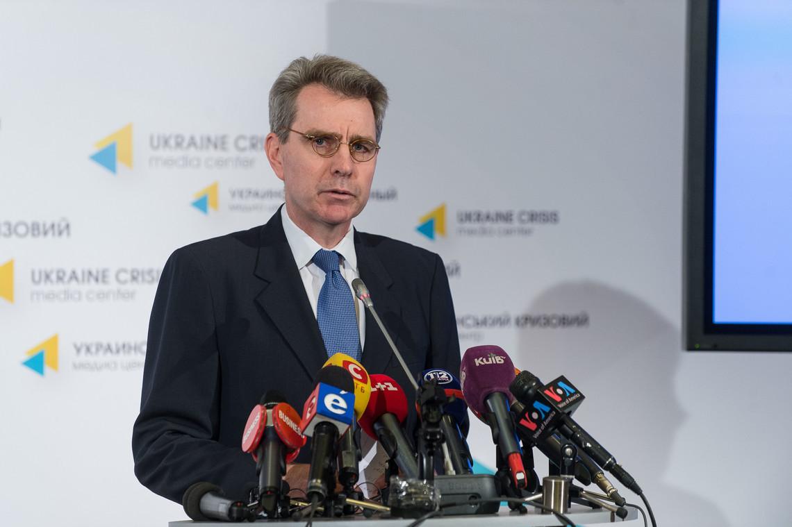 У Сполучених Штатах Америки закликають Україну відійти від політичних ігор і повернутися на шлях продовження реформ держави.