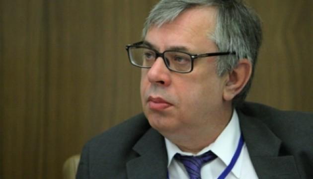 Нацрада з питань ТБ заборонила мовлення низки російських телеканалів на території України. Причиною стало порушення вітчизняного законодавства за результатами моніторингу з 16 по 28 січня 2016 року.
