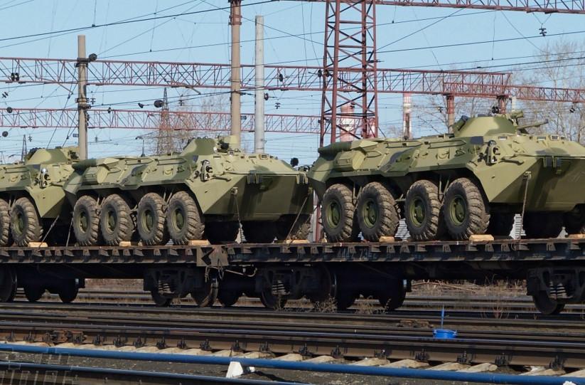 За даними української розвідки, Росія перекинула на окуповану територію Донбасу значну кількість озброєння, військової техніки і боєприпасів