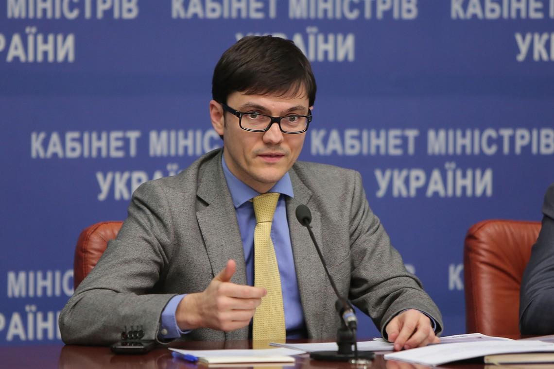 Кабмін повідомляє про відправлену до Росії ноту із закликом пояснити причини заборони транзиту українських фур.