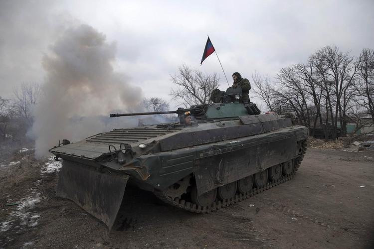 Незаконні збройні формування продовжують використовувати заборонені Мінськими домовленостями озброєння.