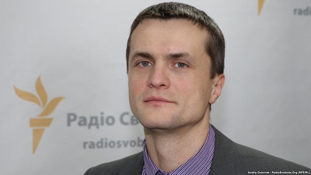 Народные депутаты Игорь Луценко и Константин Усов полагают, что их голоса за отставку Яценюка не были засчитаны.