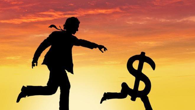 Зниження обсягу інвестицій Госстат пояснює курсовою різницею. Основними інвесторами України були Кіпр, Нідерланди, Німеччина, РФ, Австрія, Великобританія, Британські Віргінські Острови, Франція, Швейцарія та Італія.