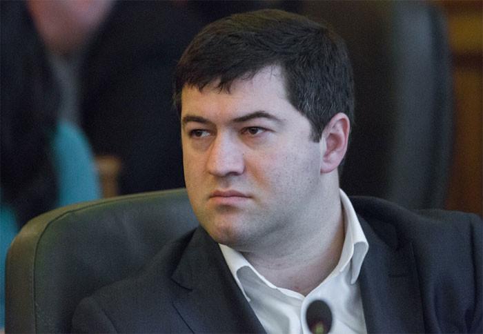 Перевірка обіцянки глави Державної фіскальної служби Романа Насірова показала, що Кабмін так і не встановив мінімальну ціну на тютюнові вироби.