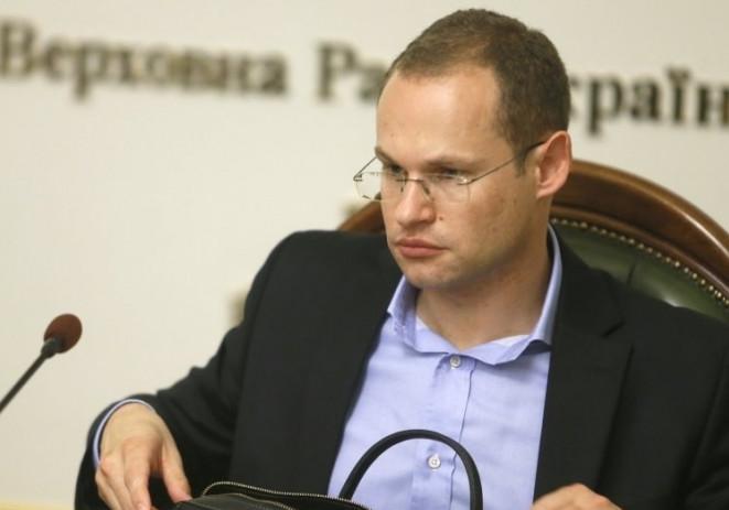 В. о. глави регламентного комітету Верховної Ради розповів, у якому випадку Кабінет міністрів може бути відправлений у відставку.