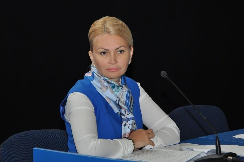 Світлану Єпіфанцеву виключили зі складу «Опозиційного блоку» на засіданні політради партії в Києві 18 лютого.