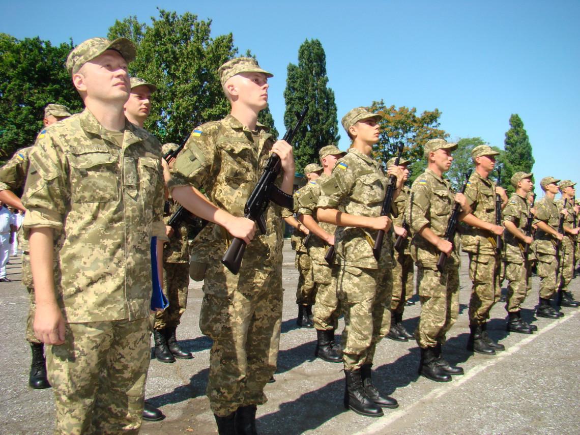 З початку року підписати контракт із Міністерством оборони на службу в Збройних силах виявили 9 тисяч українців.