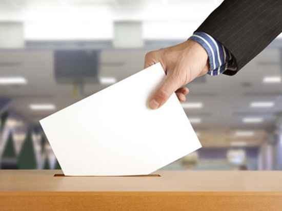 За даними соціологічного дослідження, більше половини громадян України не мають наміру голосувати на референдумі про надання Донбасу особливого статусу.