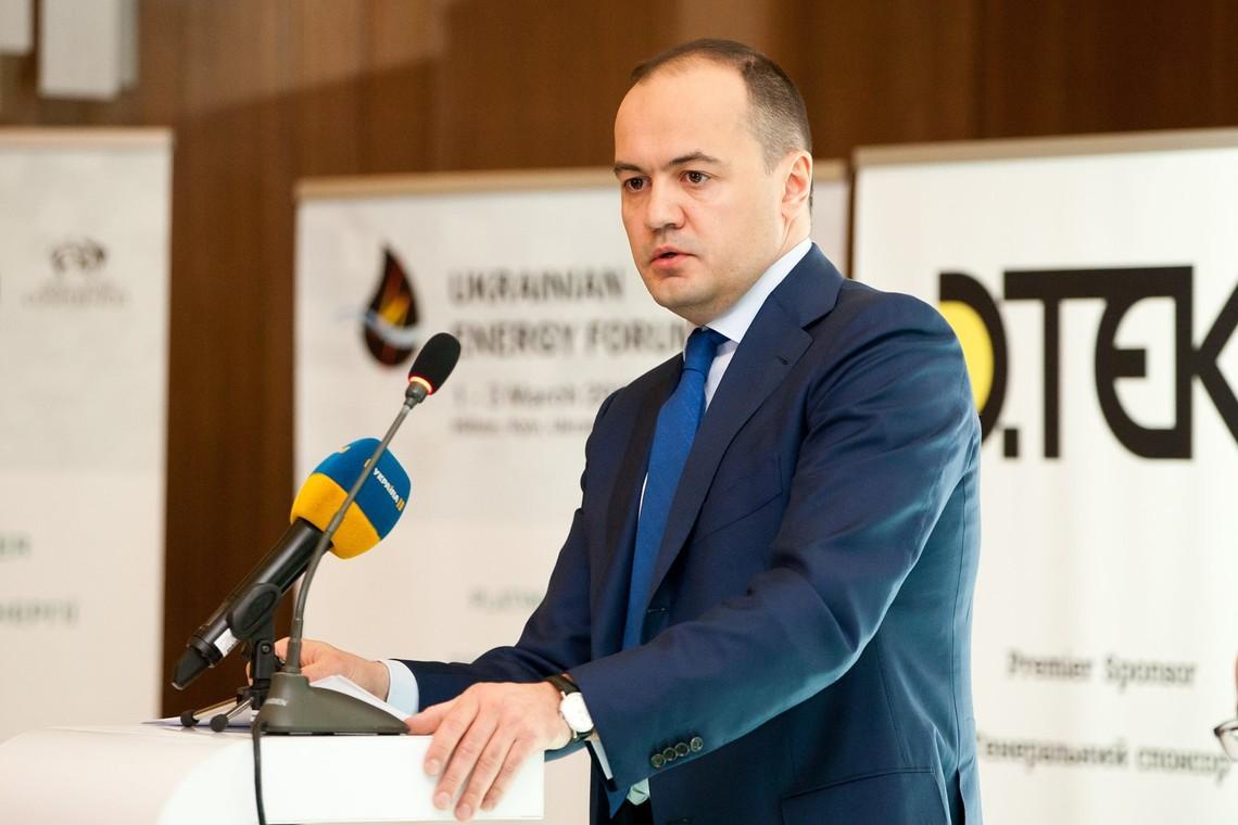 Масштабних інвестицій вимагає й енергетичний сектор, оскільки вже до 2026 року Україна не зможе забезпечувати свої потреби в електроенергії без введення в експлуатацію нових енергоблоків.