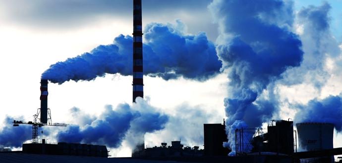 Зниження споживання газу відбувалося не лише за рахунок падіння промисловості окупованого Донбасу. В промисловості споживання блакитного палива скоротилося на 7 млрд куб м.
