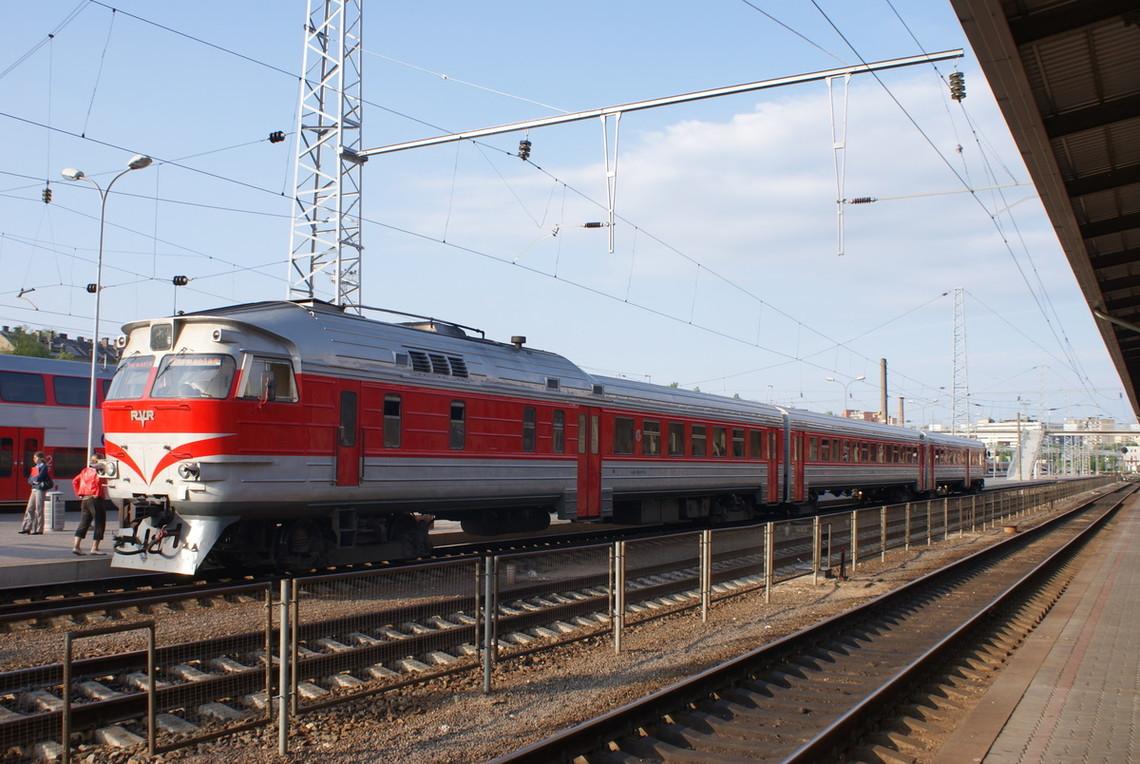 Через блокування тендерної процедури робота Південно-Західної залізниці може зупинитися вже 5 березня.